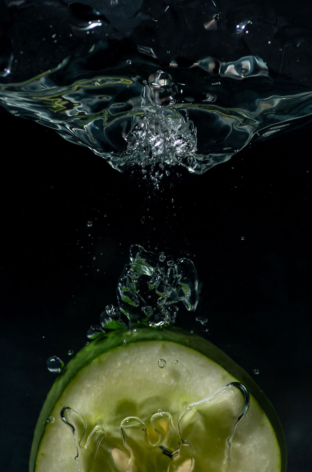 Fotografia Kane Pedroso - tonące owoce